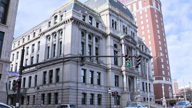 Providence's $749M budget wins first approval from council | WPRI