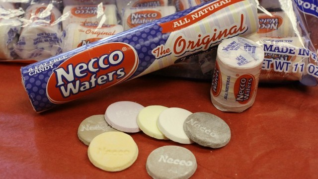Woman tries to trade vehicle for Necco Wafers stock