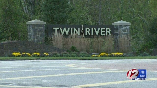Mom accused of leaving newborn in car at Twin River arrested