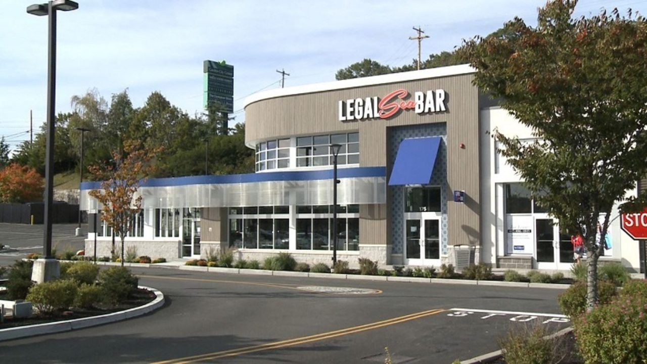 Legal Sea Bar Brings Fresh Spin On Chain To Garden City