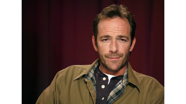 People Luke Perry_1551723852338