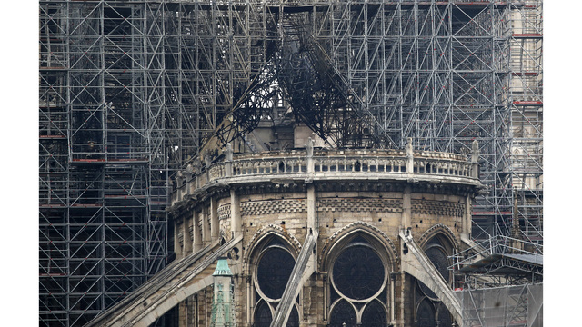 France Notre Dame Fire_1555426885480